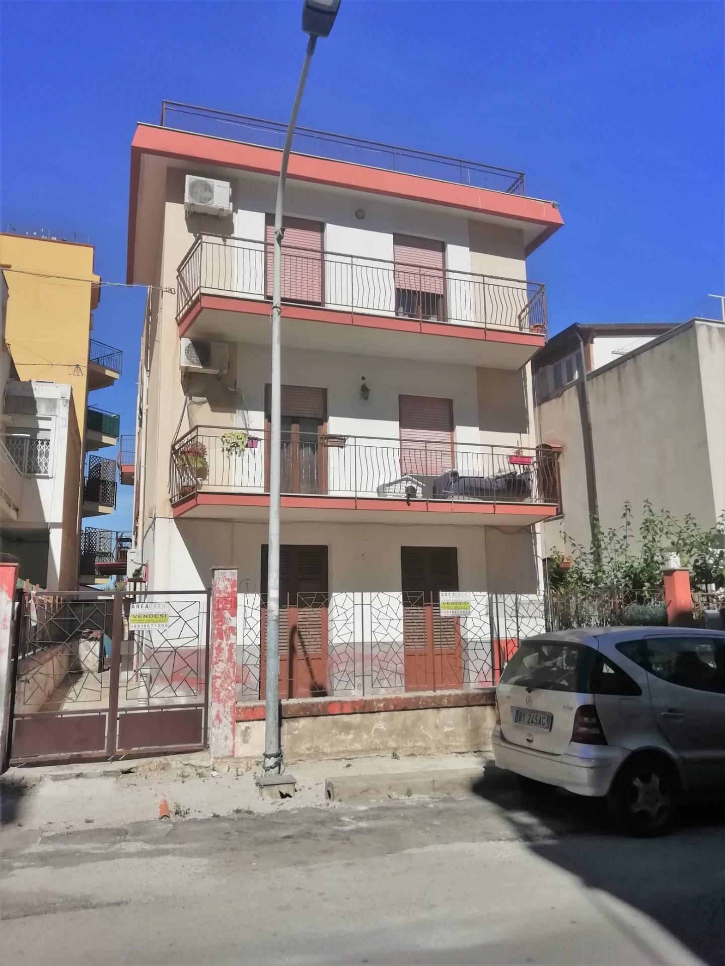 Appartamento in vendita a Capaci, 3 locali, prezzo € 125.000 | PortaleAgenzieImmobiliari.it