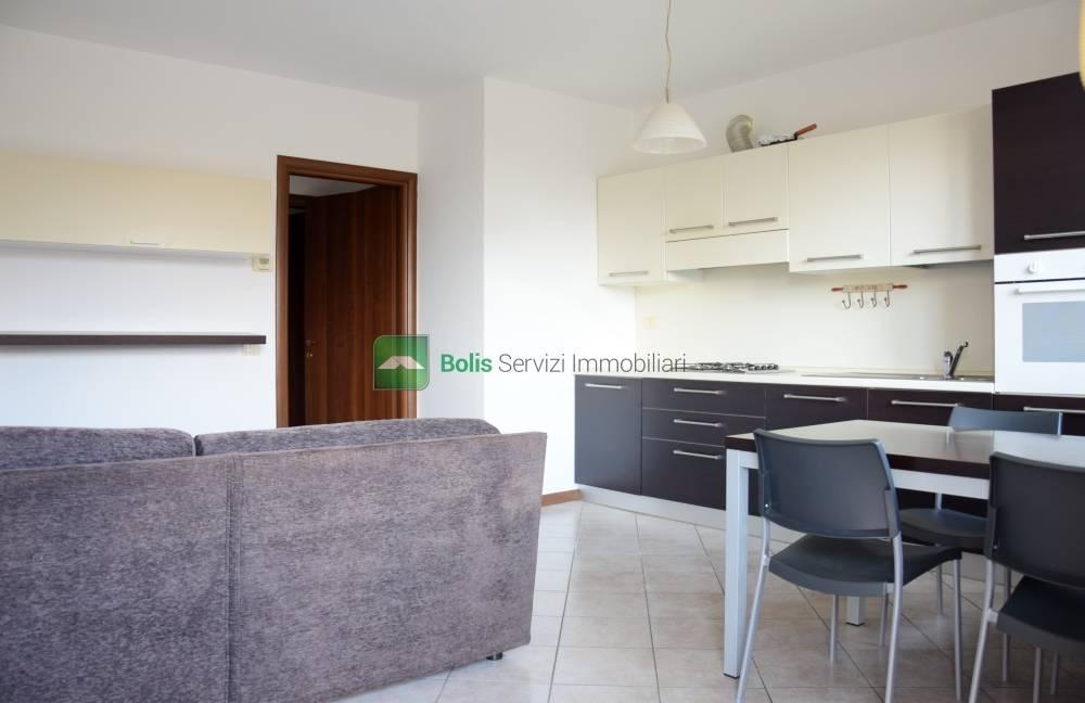Appartamento in affitto a Locate, Ponte San Pietro (BG)