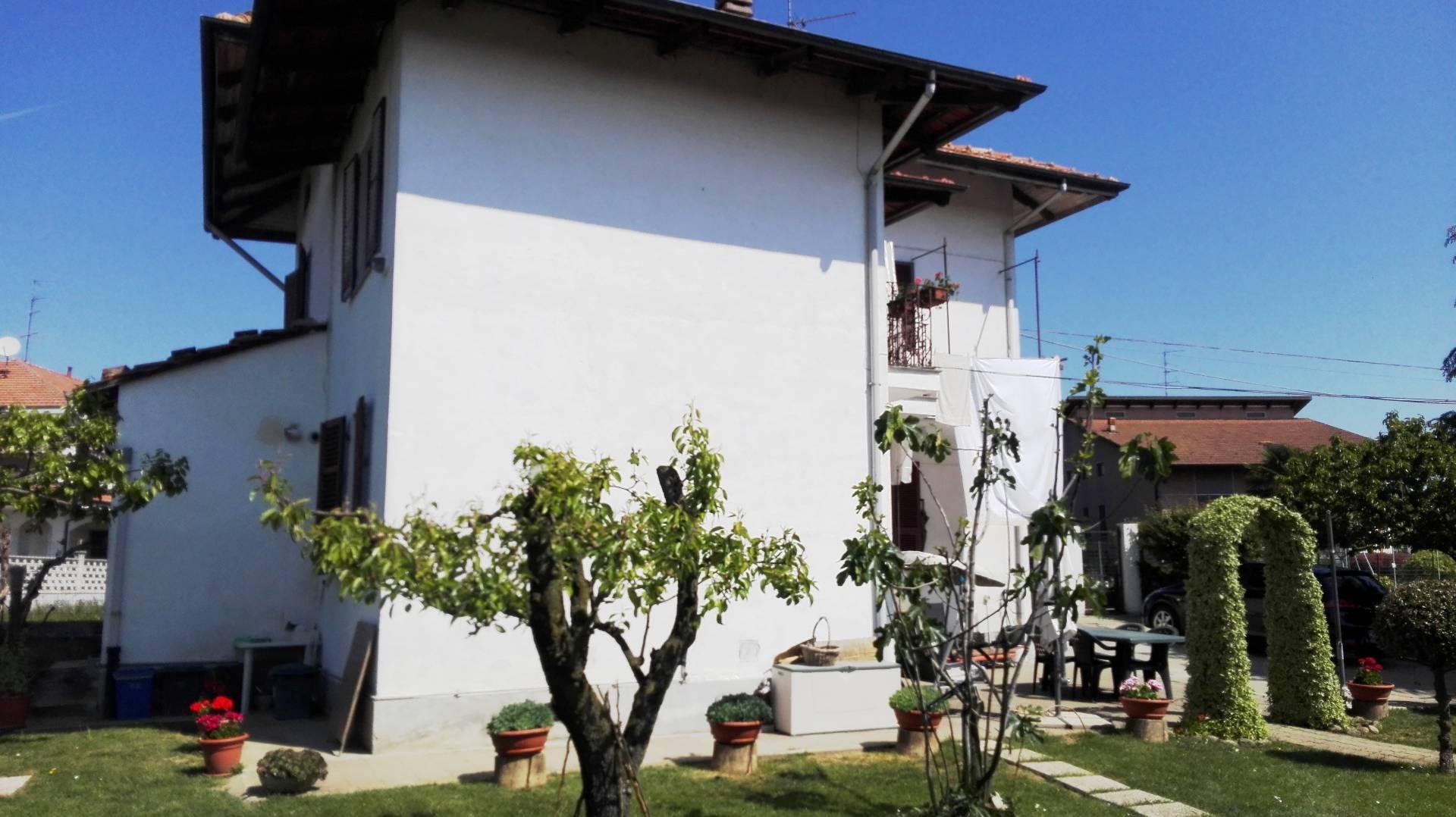 Casa singola in Vendita a Salussola