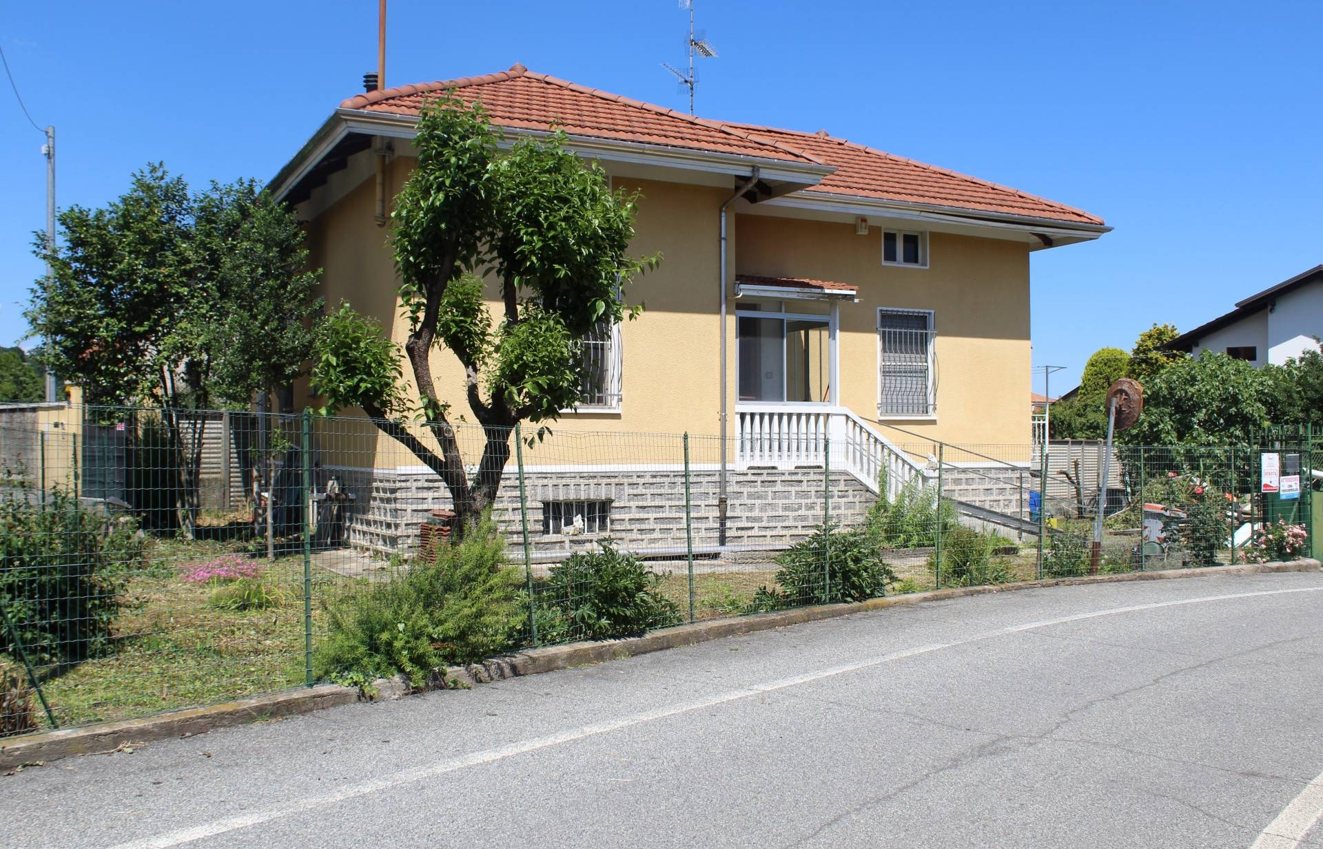 Casa singola in Vendita a Vigliano Biellese