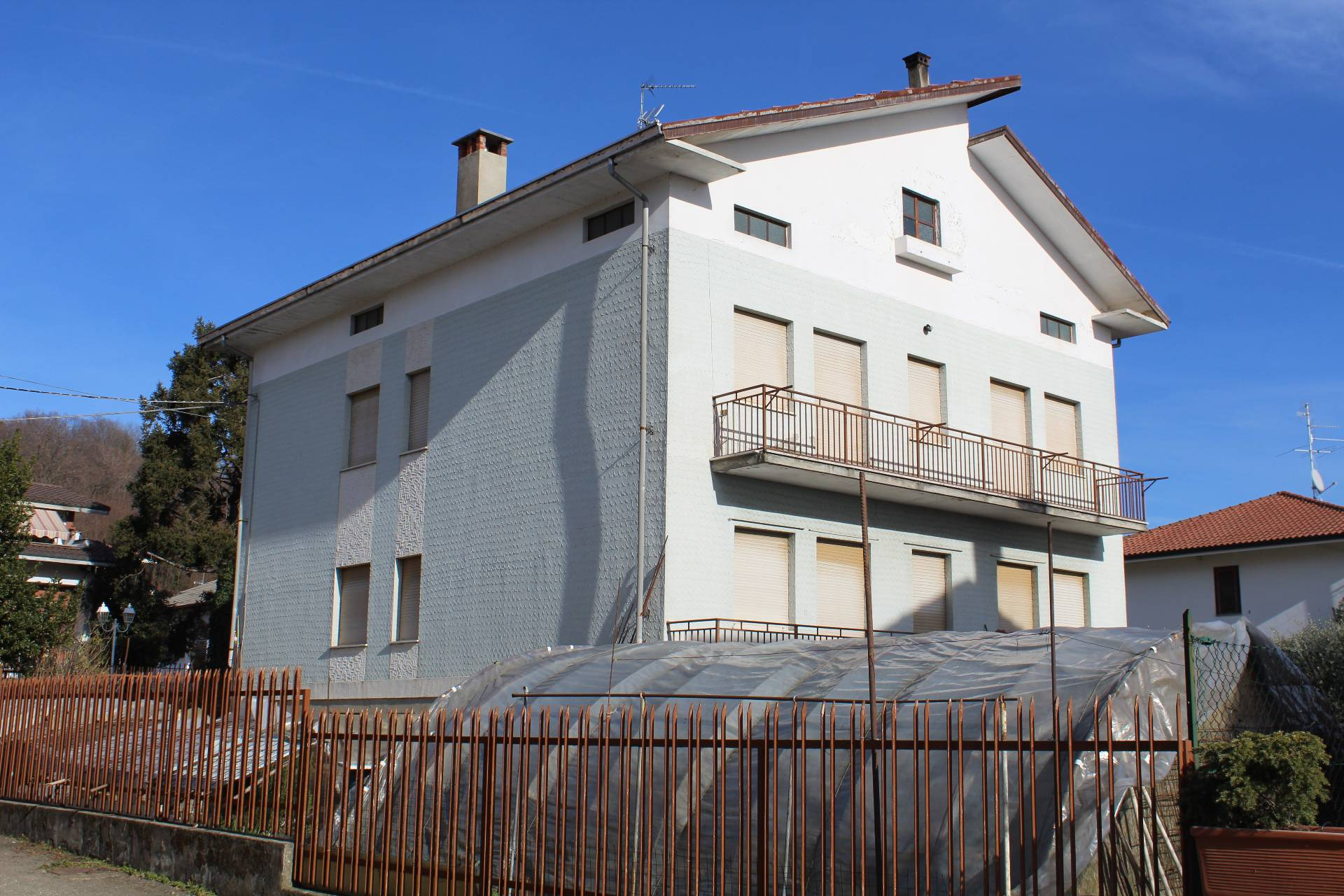 Casa bifamiliare in Vendita a Vigliano Biellese