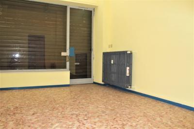 Locale commerciale in Affitto/Vendita a Gaglianico