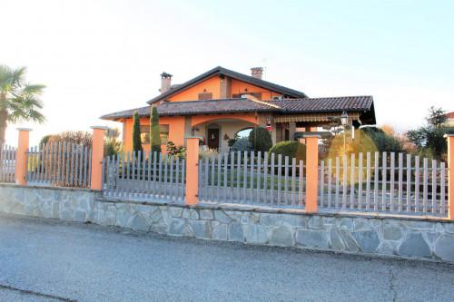 Villa in Vendita a Verrone