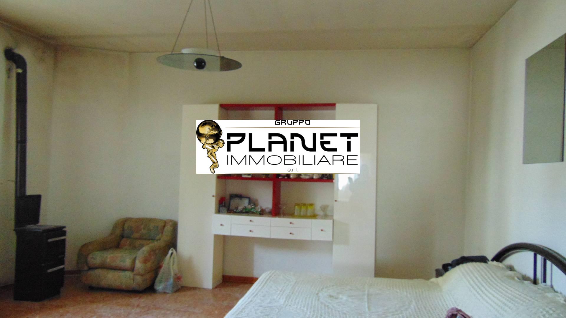 arezzo vendita quart:  gruppo-planet-immobiliare-s.r.l.