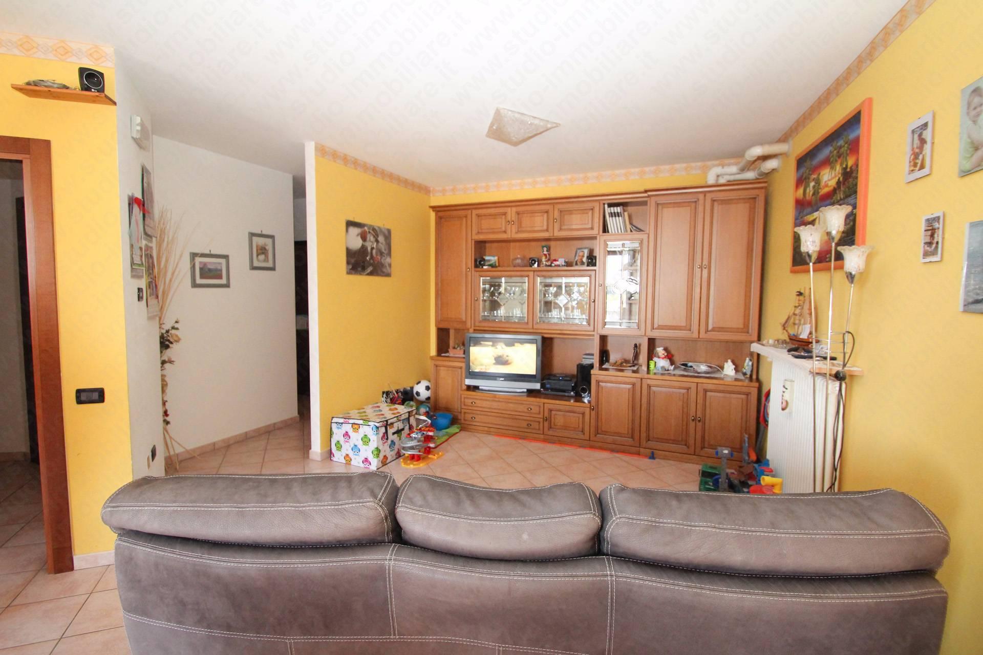 Appartamento in vendita a Bergantino, 3 locali, prezzo € 125.000 | PortaleAgenzieImmobiliari.it