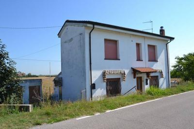 Casa singola in Vendita a Ceneselli
