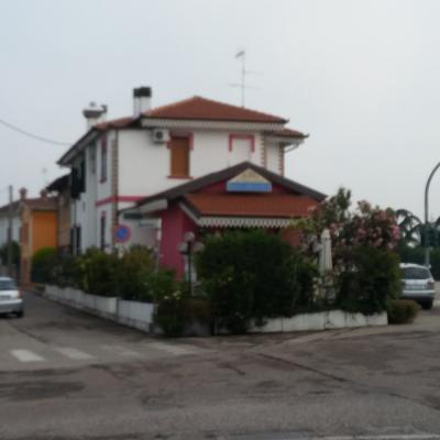 Locale commerciale in Vendita a Ostiglia