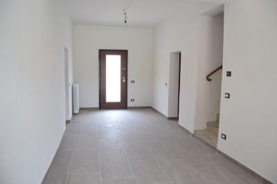 Casa singola in Vendita a Villa Poma