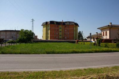 Terreno edificabile in Vendita a Bergantino