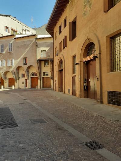 Magazzino in Vendita a Bologna