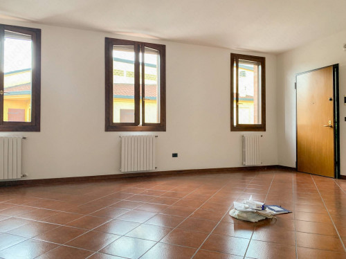Vai alla scheda: Appartamento Vendita - Castelmassa (RO) - Codice -25-2007/C