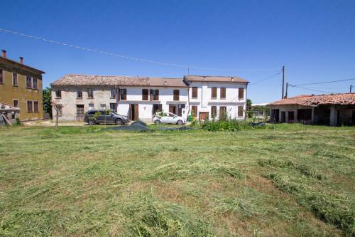 Casa in Vendita a Bergantino