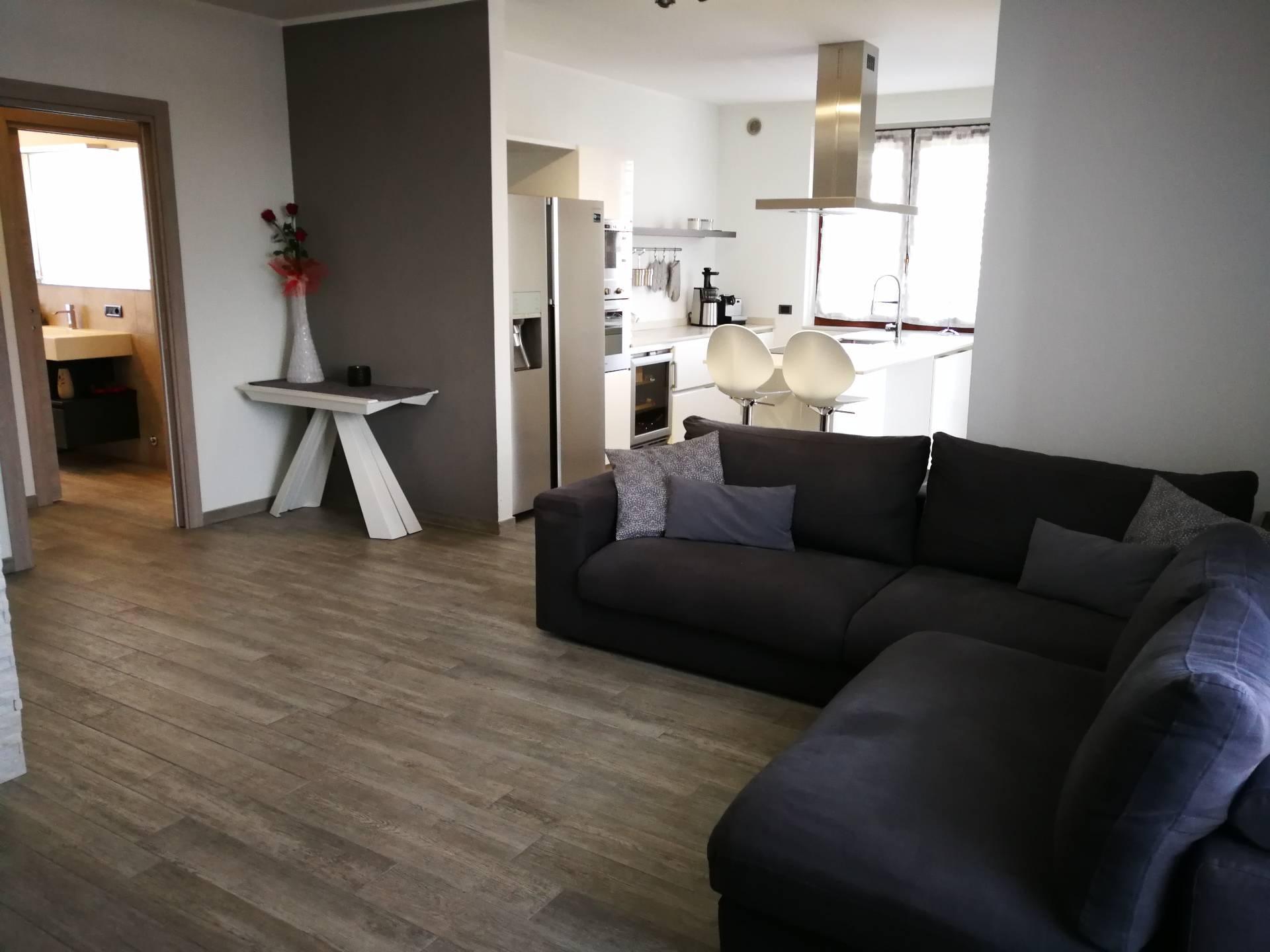 Appartamento in Vendita a Gorla Maggiore