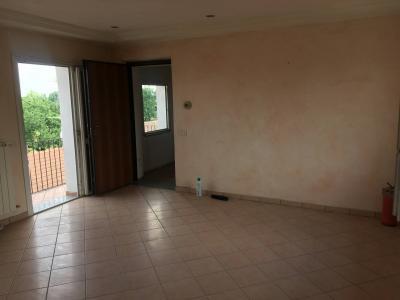 Appartamento in Vendita a Cairate