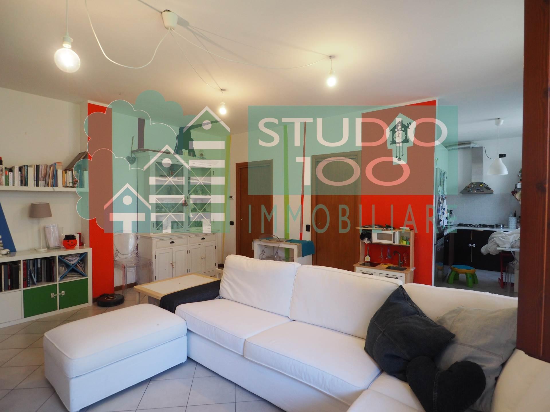 Appartamento in vendita a Arsago Seprio, 3 locali, prezzo € 189.000 | Cambio Casa.it