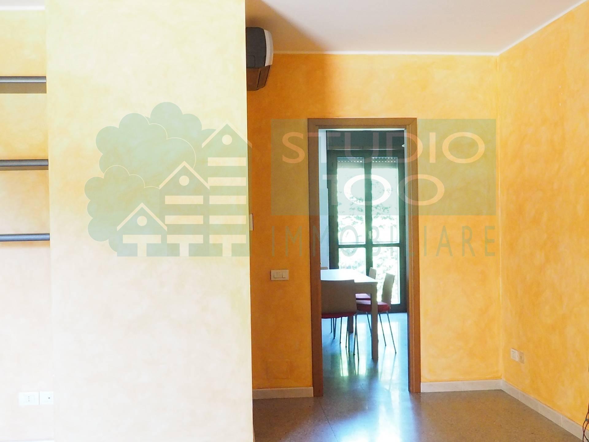 Appartamento in vendita a Casorate Sempione, 3 locali, prezzo € 130.000 | CambioCasa.it