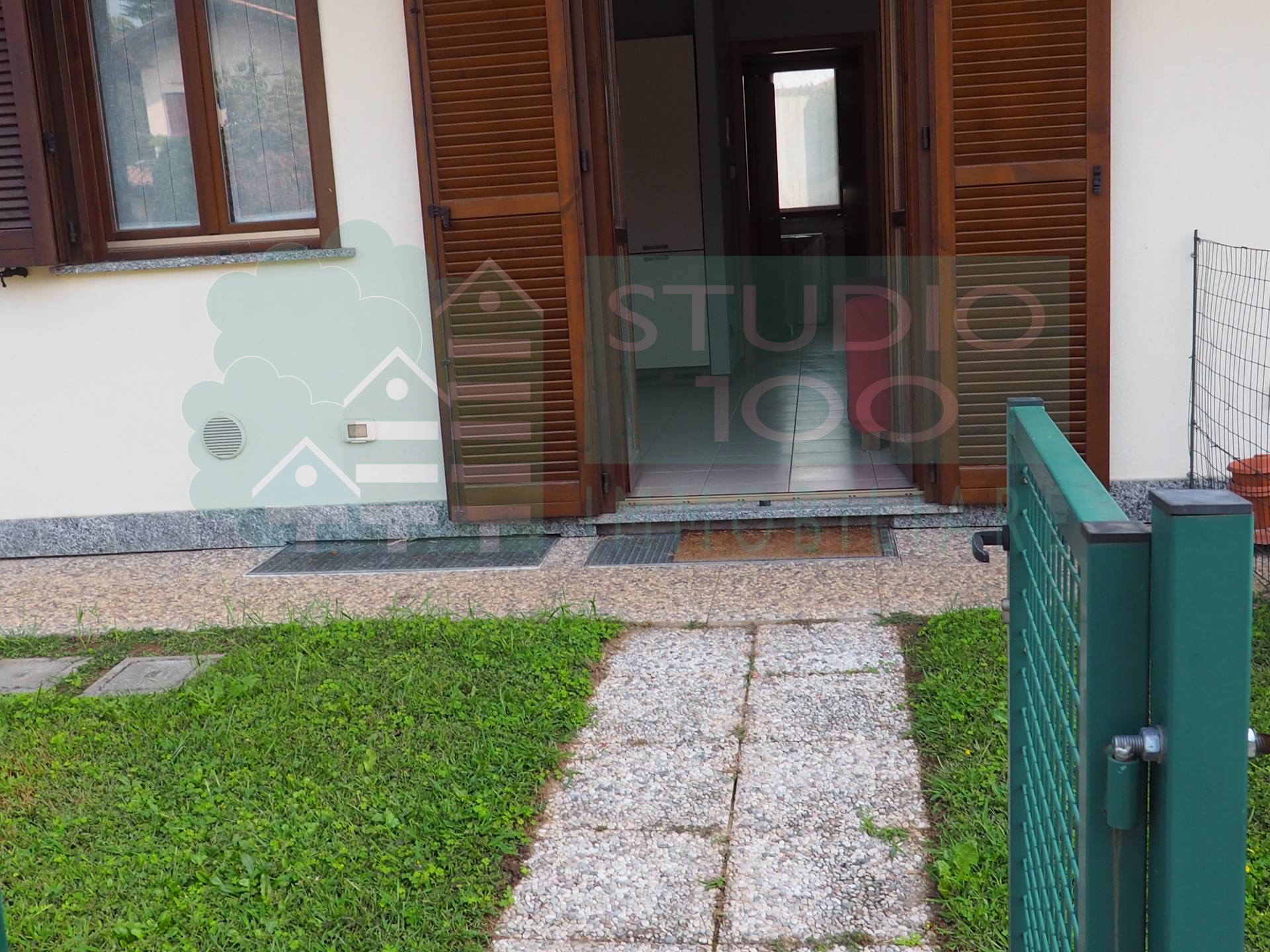 Appartamento in affitto a Casorate Sempione, 2 locali, prezzo € 450   CambioCasa.it