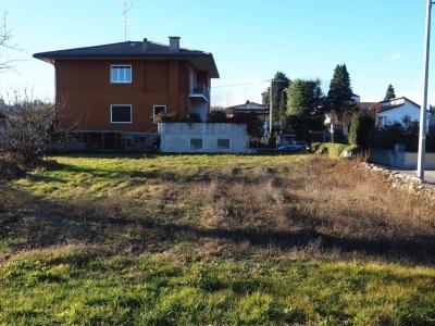 Terreno edificabile in Vendita a Somma Lombardo