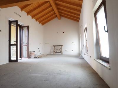 Appartamento in Vendita a Golasecca