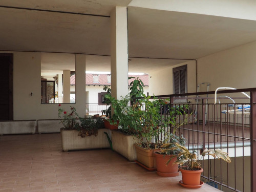 Appartamento in Vendita a Lonate Pozzolo
