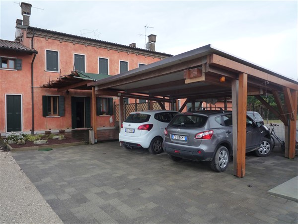 Appartamento in vendita a Cavallino-Treporti, 5 locali, zona Località: CaPasquali, prezzo € 250.000   CambioCasa.it