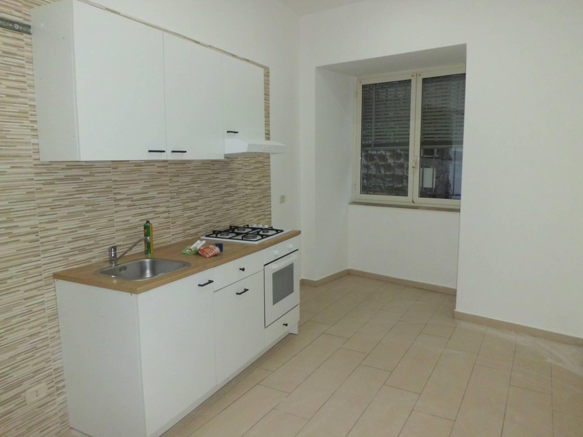 Appartamento, 45 Mq, Affitto - Napoli (Napoli)
