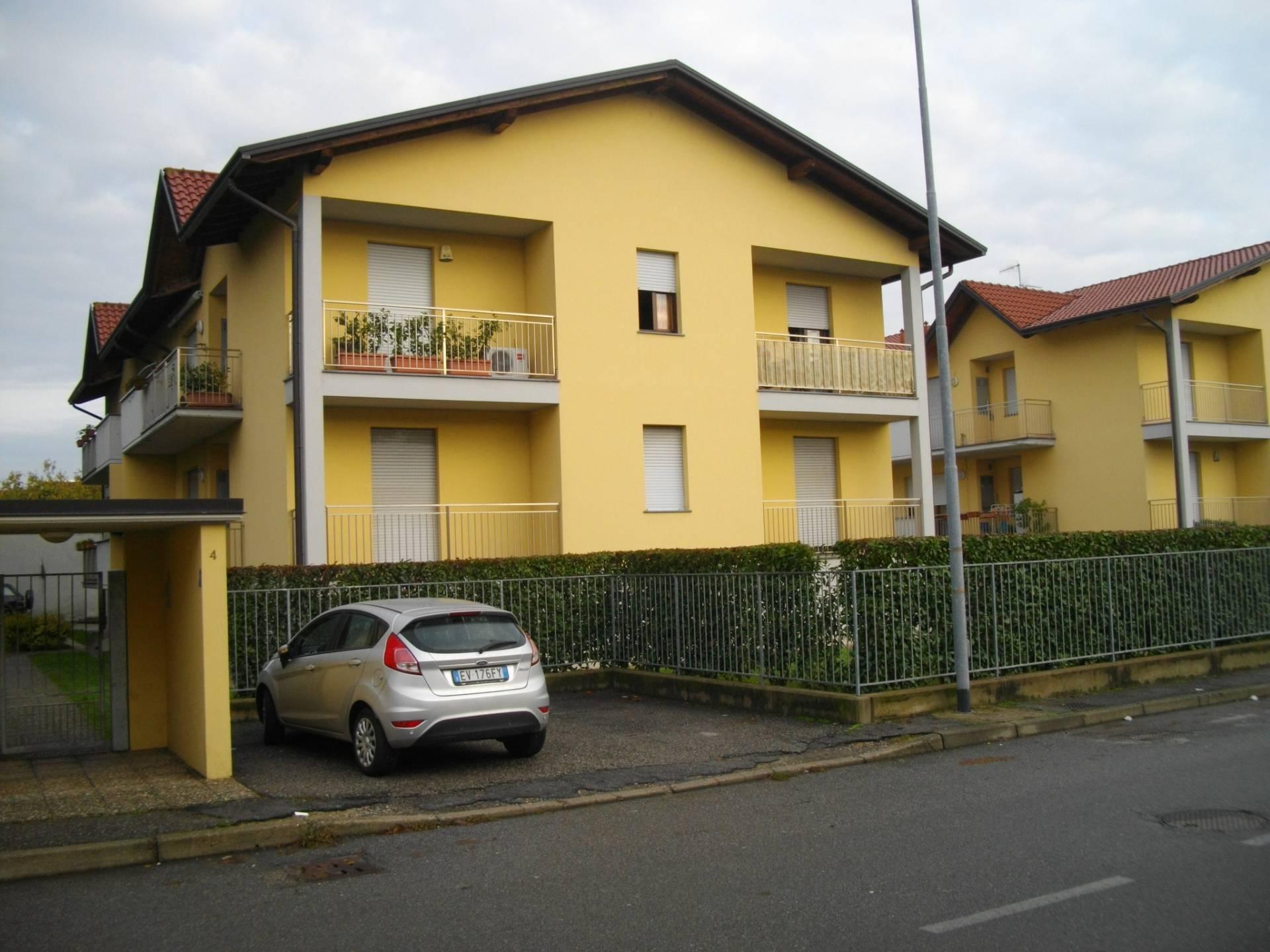 Appartamento in vendita a Solbiate Olona, 3 locali, prezzo € 140.000 | CambioCasa.it