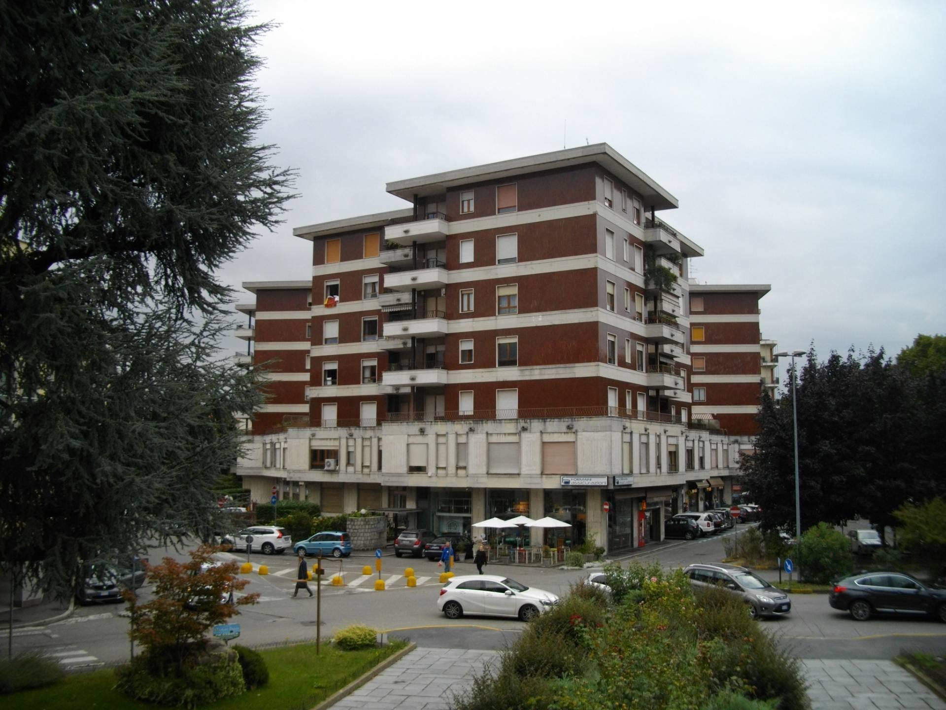 Ufficio / Studio in affitto a Busto Arsizio, 9999 locali, zona Località: Tribunale, prezzo € 250 | CambioCasa.it