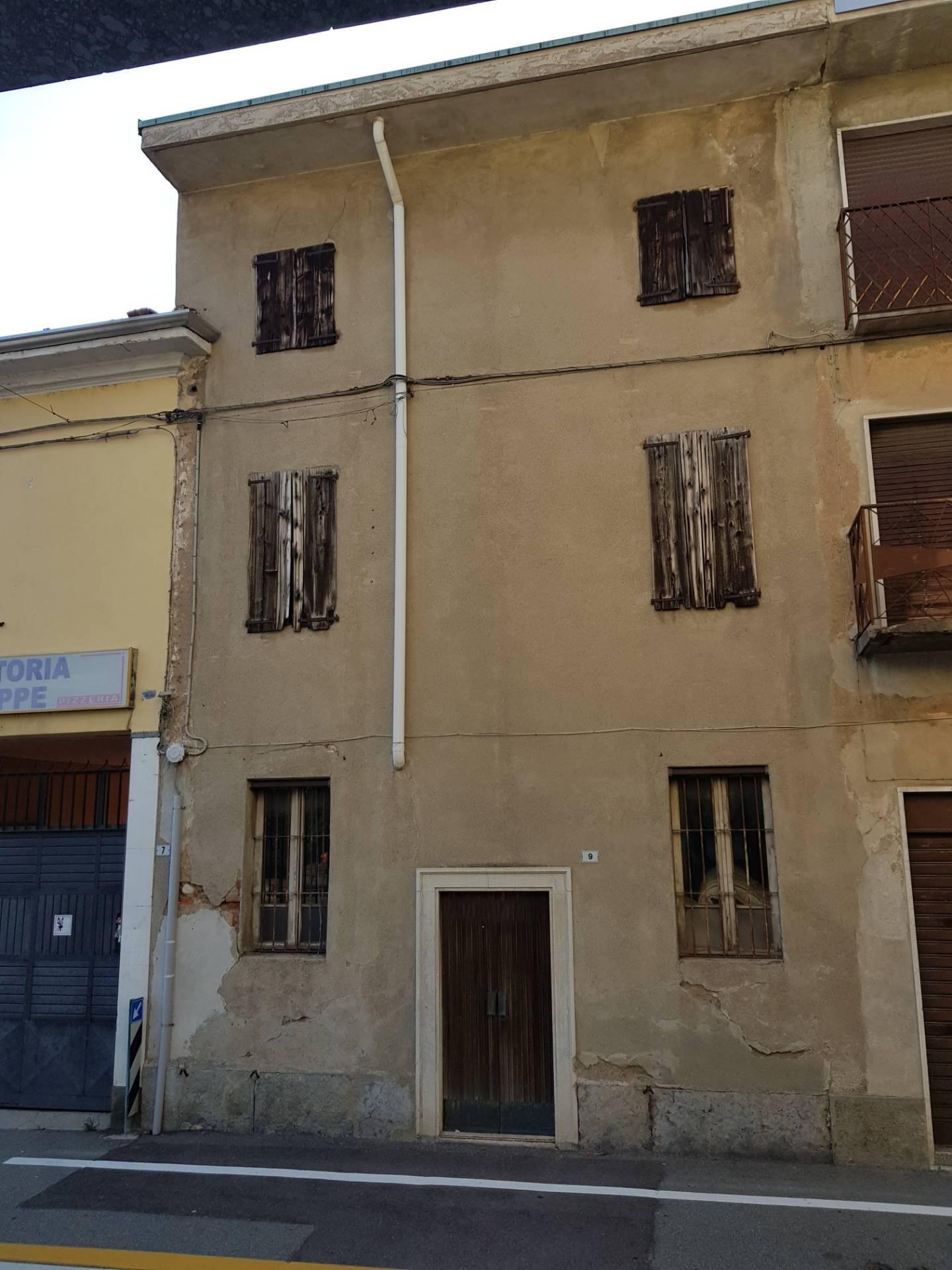 Altro in vendita a Magnago, 3 locali, zona ate, prezzo € 33.000   PortaleAgenzieImmobiliari.it