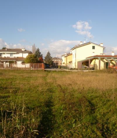 Terreno edificabile in Vendita a Legnano