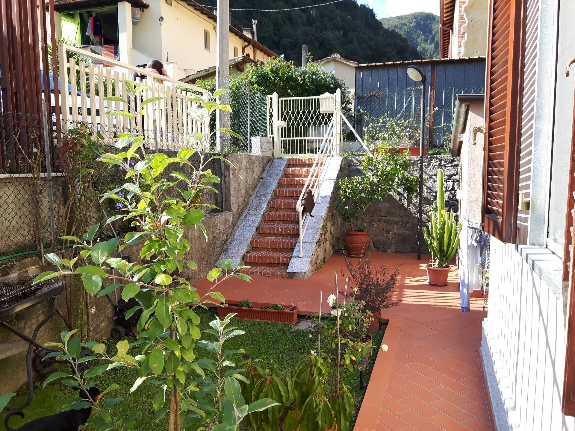 vendita appartamento seravezza corvaia  230000 euro  4 locali  75 mq
