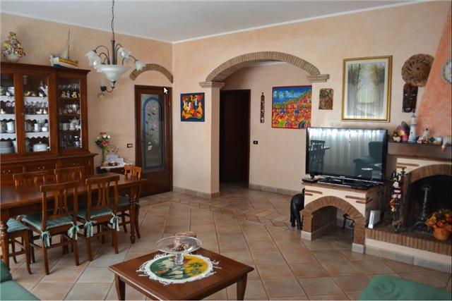affitto villa bifamiliare forte dei marmi caranna  6 locali  160 mq