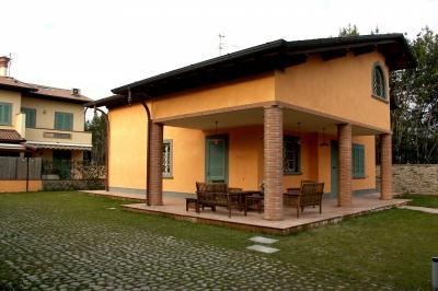 Villa in Affitto stagionale a Seravezza