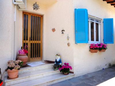 Small villa for Holiday rent to Forte dei Marmi