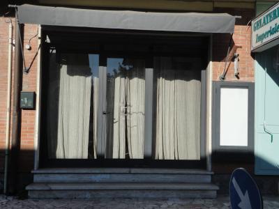 Shop for Rent to Forte dei Marmi