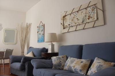 Apartment for Holiday rent to Massa