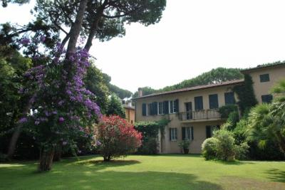 Apartment for Sale to Pietrasanta