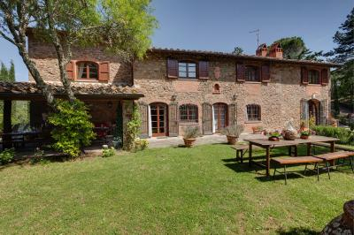 Rustic for Sale to Greve in Chianti