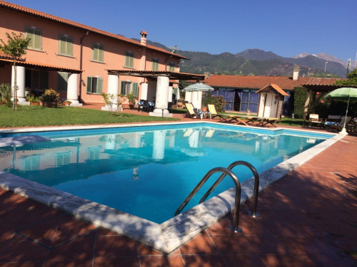 Single family house for Sale to Seravezza