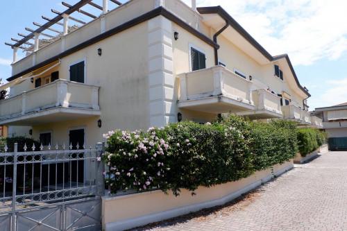 Apartment for Sale to Massa