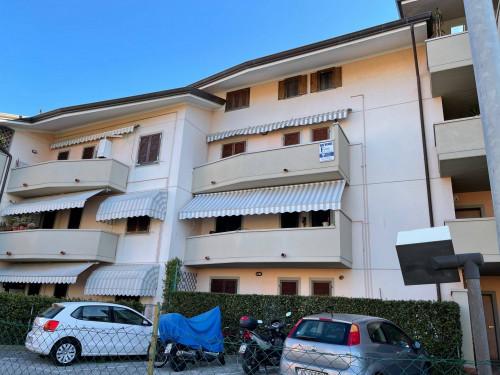 Apartment for Sale to Seravezza