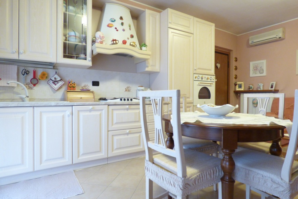 Appartamento in vendita a Zelo Buon Persico, 2 locali, prezzo € 55.000 | CambioCasa.it