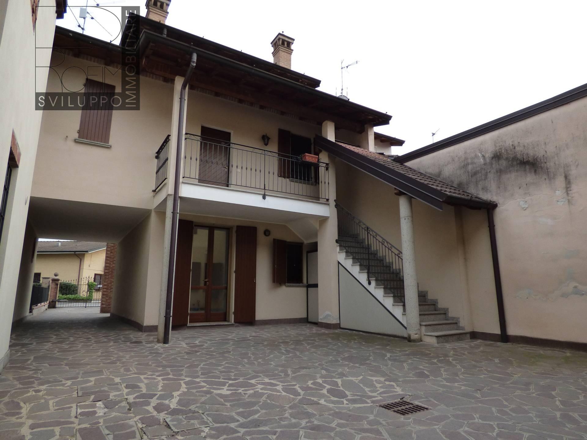 Appartamento in vendita a Palazzo Pignano, 3 locali, prezzo € 98.000 | Cambio Casa.it