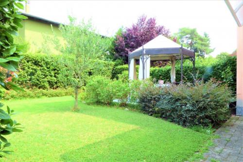 Villa Bifamiliare in Vendita a Settala