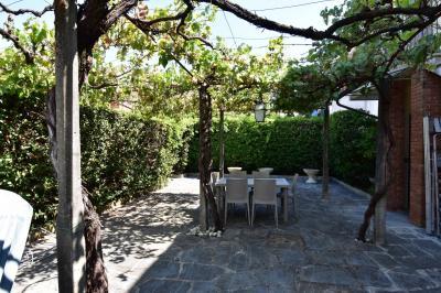 appartamento con giardino in Affitto a Forte dei Marmi
