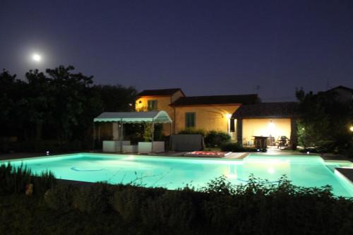 villa con piscina in Affitto stagionale a Pietrasanta