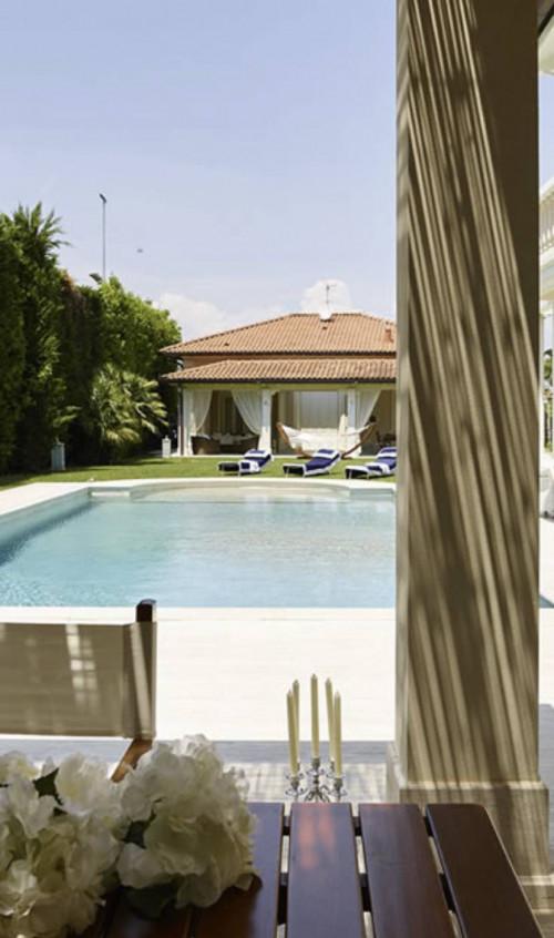 villa con piscina in Affitto stagionale a Forte dei Marmi
