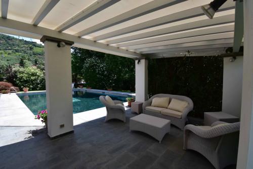 villa con piscina in Affitto stagionale a Seravezza