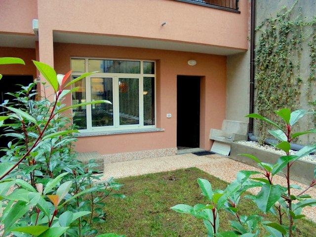 Villa in affitto a Milano in Via Giovita Scalvini