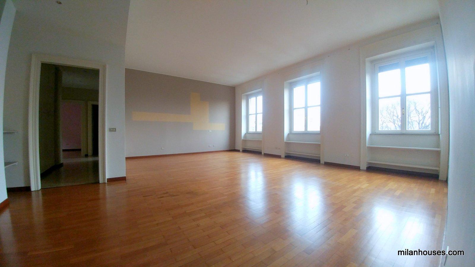 Milano | Appartamento in Affitto in Via Daniele Manin | lacasadimilano.it